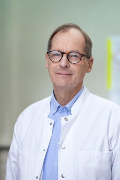 Dr. med. Michael Rau