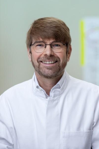 Dr. med. Dr. med. dent. Marcus Teschke, FEBOMFS